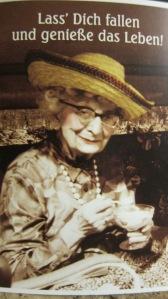 sehr alte Dame